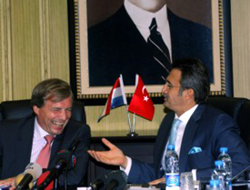 Minister: Luxembourg may contribute to Turkey's economy