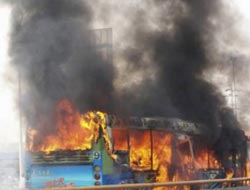 Gasoline blamed in deadly Chinese bus fire