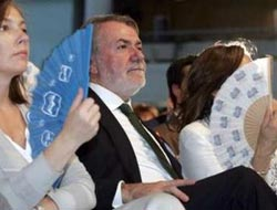 Spain's opposition conservatives win Europe vote