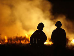 Five-day-old Los Angeles wildfire claims first victims