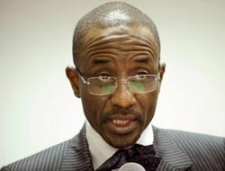 Nigeria to file criminal charges against heads of five banks