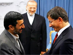Turkey offers Iran to host nuclear talks with West