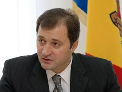 Moldova's acting leader appoints new PM
