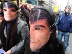 Justice in Turkey asked over Hrant Dink death / PHOTO