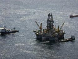 Unexploded U.S bombs lurk in offshore oil patch