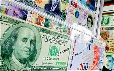 Dollar marches to four-year high; euro, oil wilt
