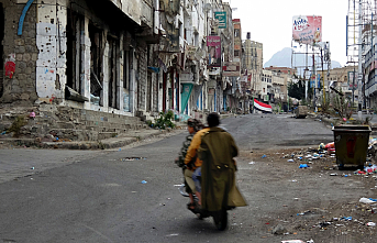 Yemeni security official shot dead in Aden