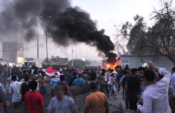 Iraq army blames 'gunmen' for protester deaths in Basra