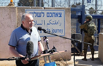 Israel ready to reopen crossing with Syria