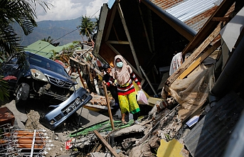 Death toll in Indonesia quake reach 1.200