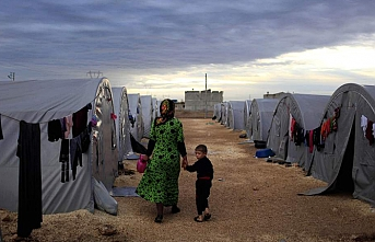 Syrians moving out of tent cities in SE Turkey