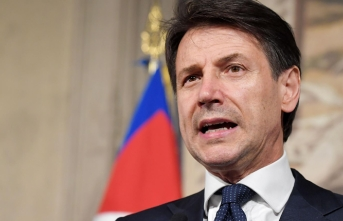 Italy PM says new budget proposal 'in coming hours'