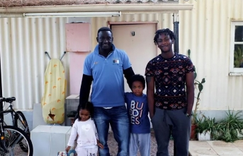 Refugee allowed to settle in UK after 20 years
