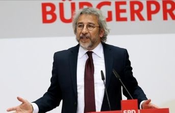 Turkish court issues arrest warrant for Can Dundar