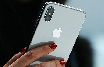 Apple income more than doubles, sales rise 54% in Q1