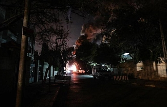 Israel strikes Syria after missile attack