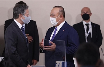 Turkish FM calls for 'cooperation, not competition' on COVID vaccines