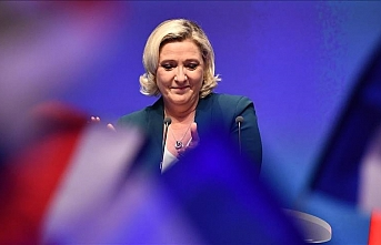 Le Pen re-elected head of France's right-wing party
