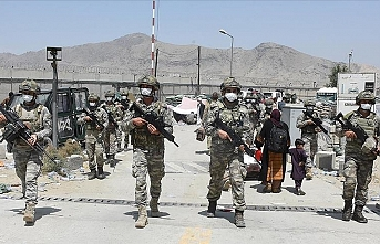 Turkish soldiers set up 'Ankara headquarters' at Kabul airport to help in evacuations