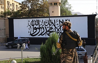 US Embassy in Afghanistan painted with Taliban flag