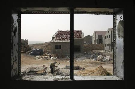 Israel imposes curfew on Palestinian village after clashes