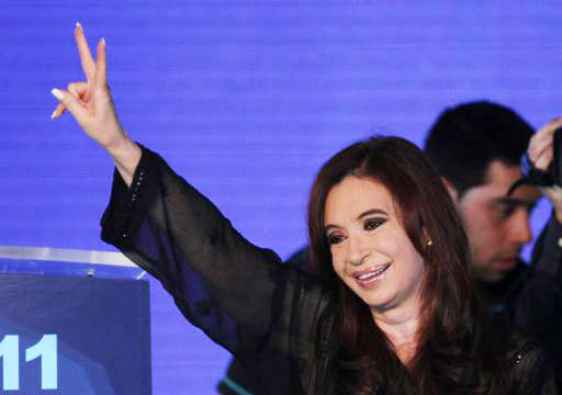 Argentine judge throws out cover-up charge against president