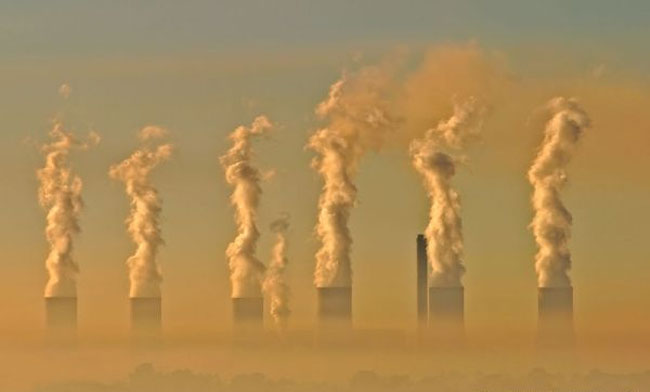 EU to beat 2020 climate change targets, split over 2030 ones