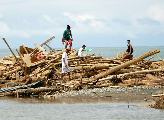 Maoists pose new threat to Philippine typhoon relief