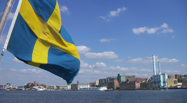 Sweden warns of rising immigration costs as election nears