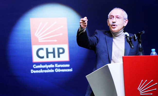 Kilicdaroglu reelected head of main opposition party