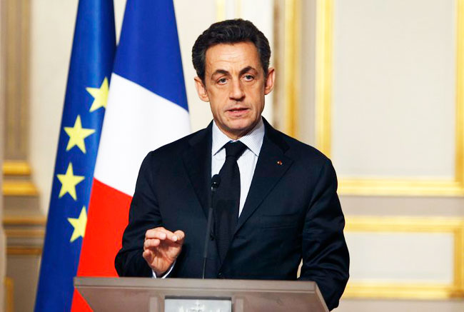 France's Sarkozy calls for two-speed EU, tighter borders