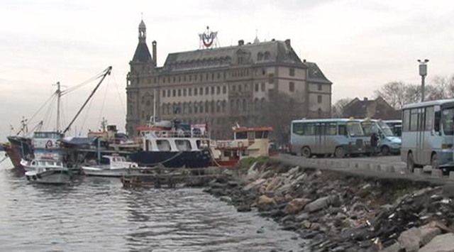 Turkish train station closed for restoration after 104 years