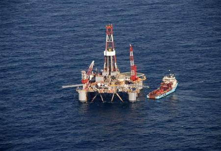 Falkland oil explorers contract rig for 2015 drilling