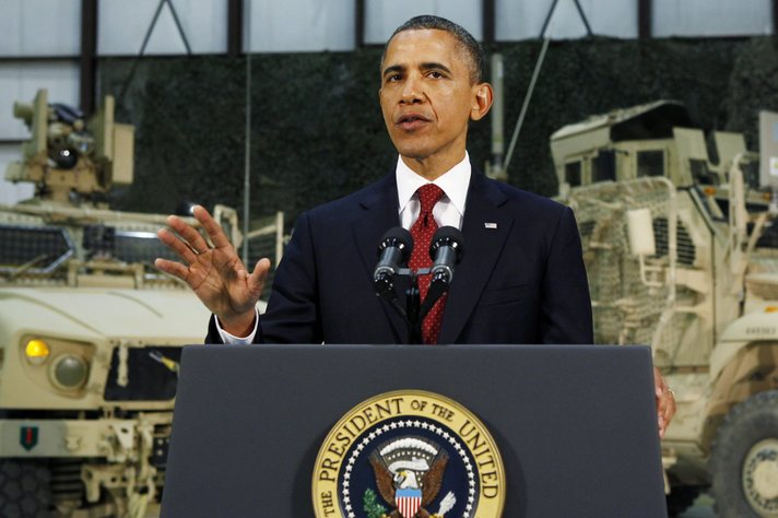 Obama in India pushes Pakistan to play China card