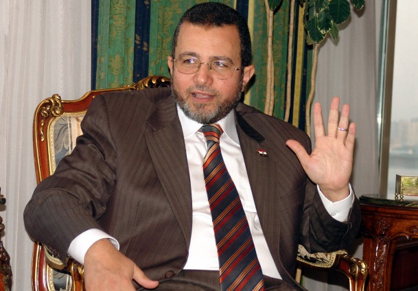 Released ex-Egypt PM Qandil calls for justice