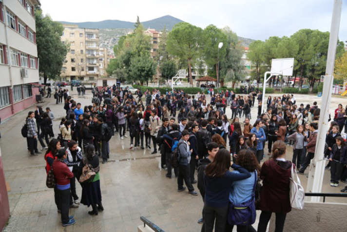 Turkey to educate up to 450,000 Syrian refugee children