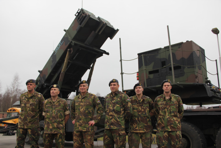 Germany ready to keep Patriot missiles in Turkey-UPDATED