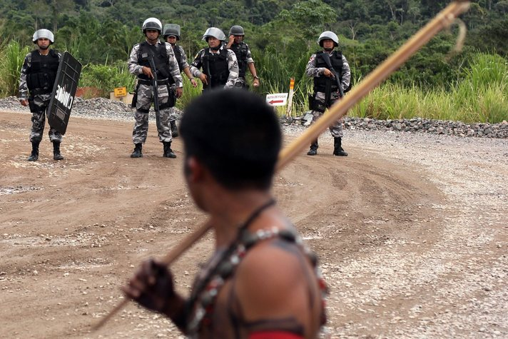 Isolated tribe flees illegal logging in deepest Amazon