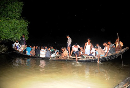 Mass exodus of Muslims from Myanmar following arrests