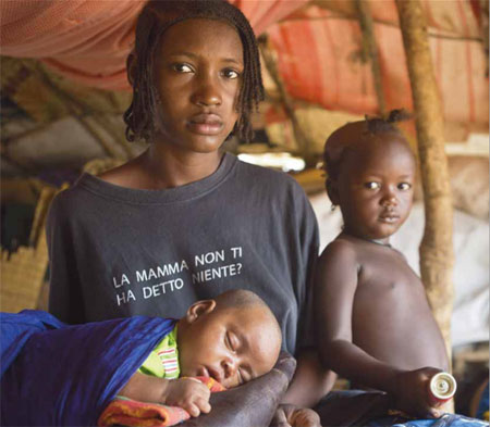 African refugees face cuts in rations as funding runs low - UN