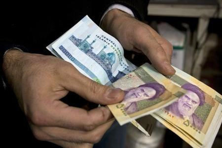 Turkey urges Iran to trade in local currencies