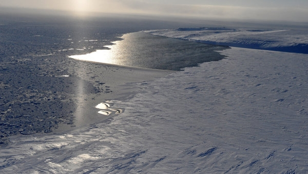Arctic gas project backs political strategy as Russia turns east