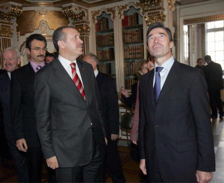 Turkish PM reminds NATO members have Russian weaponry