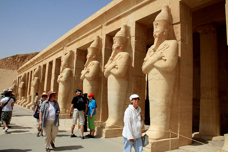 World Tourism sector on rise despite economic crises