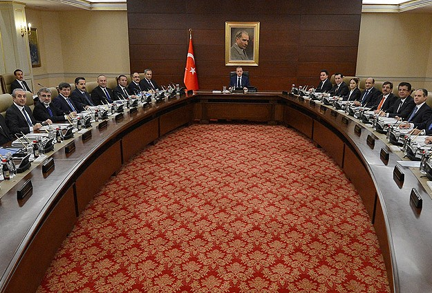 Turkey's ruling party looking to replace Erdogan