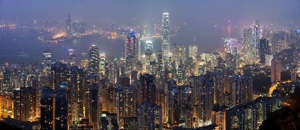 Hong Kong shares set for best month in 2014