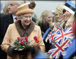 Church can help heal Scottish divisions, says Queen