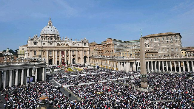 Pope determined to reform Vatican govt