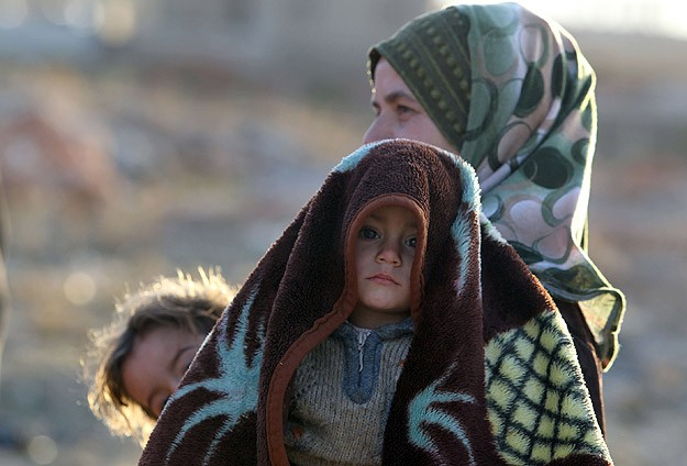 U.N. chief says Syrian authorities holding up aid access