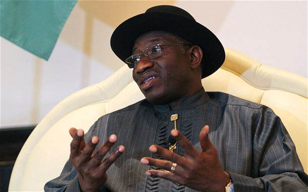 Nigeria's Jonathan visits collapsed church